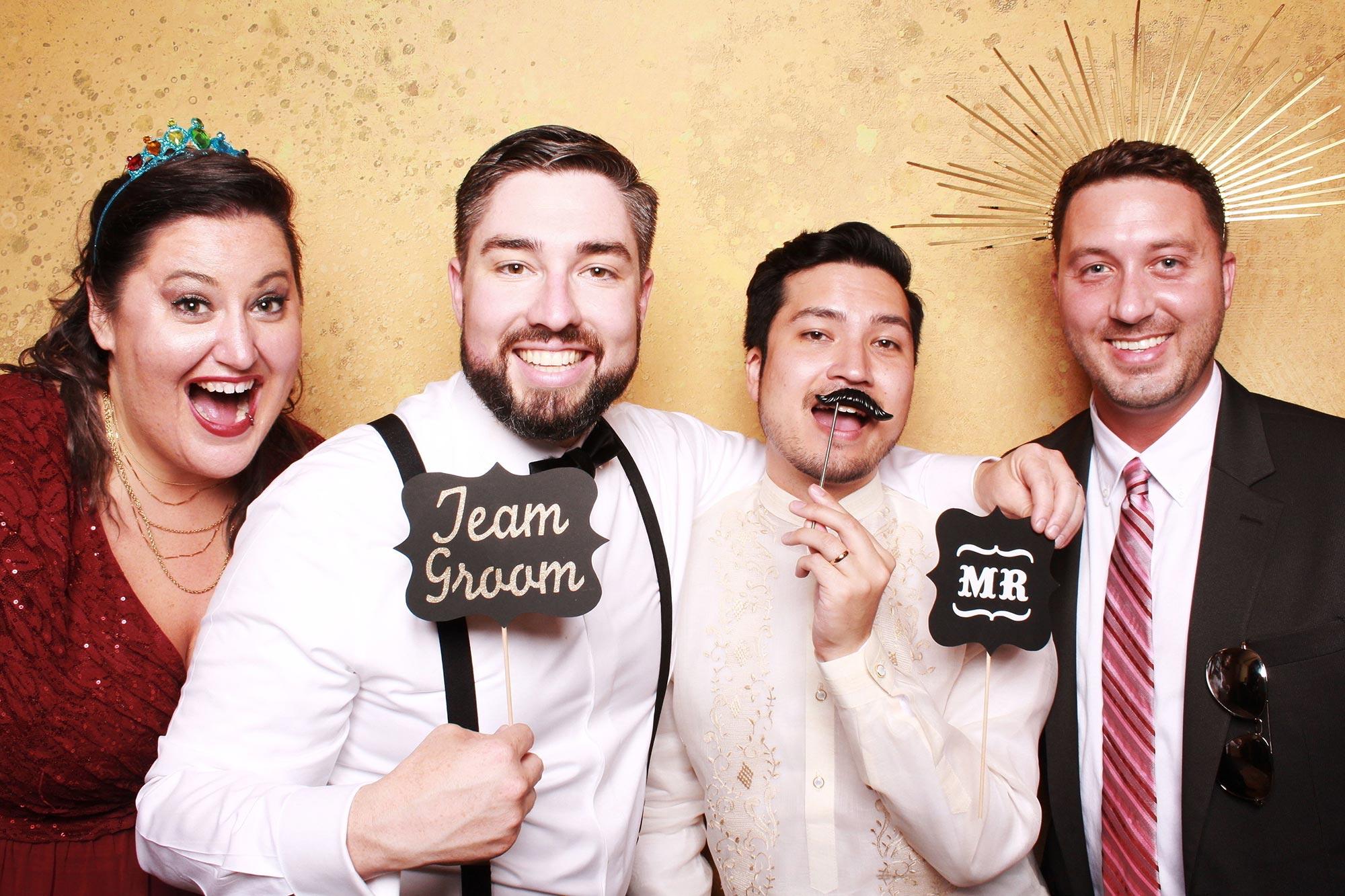 Gay weddings with The SnapBar