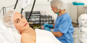 Use These 6 Non-Surgical Body Plastic Surgery Alternatives To Transform Your Looks