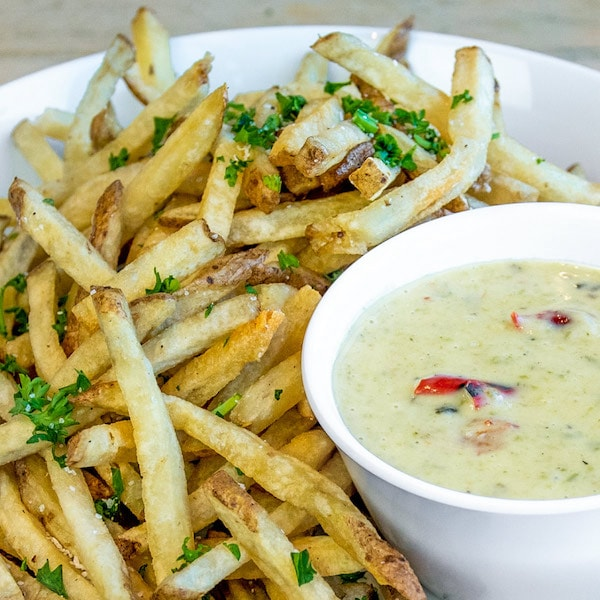 French fries with queso.