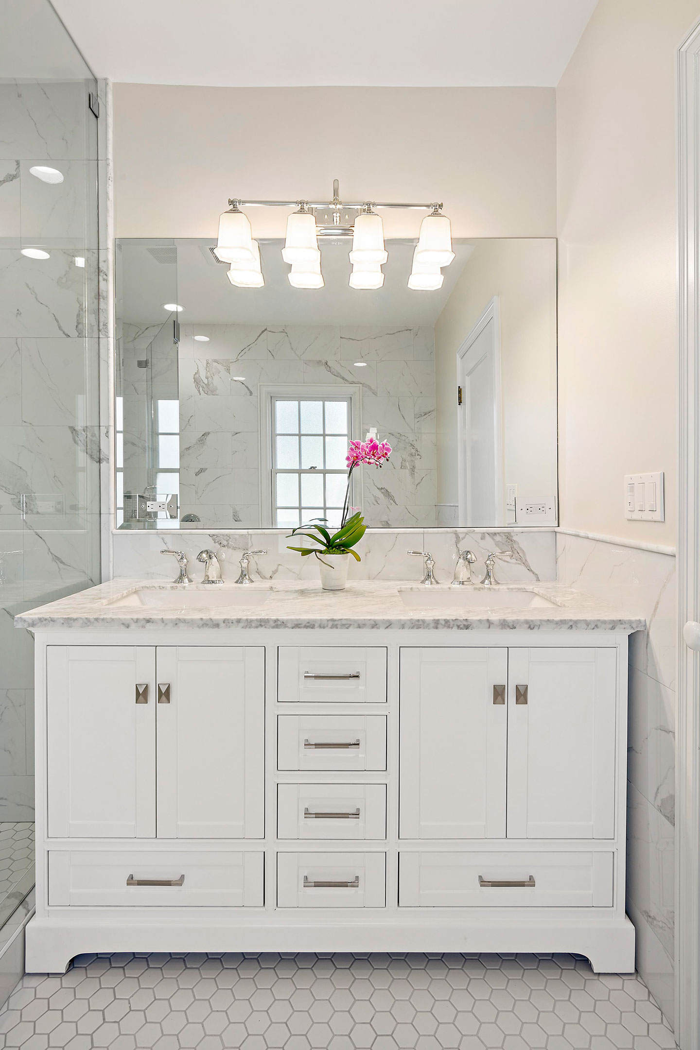 double sink free standing vanity