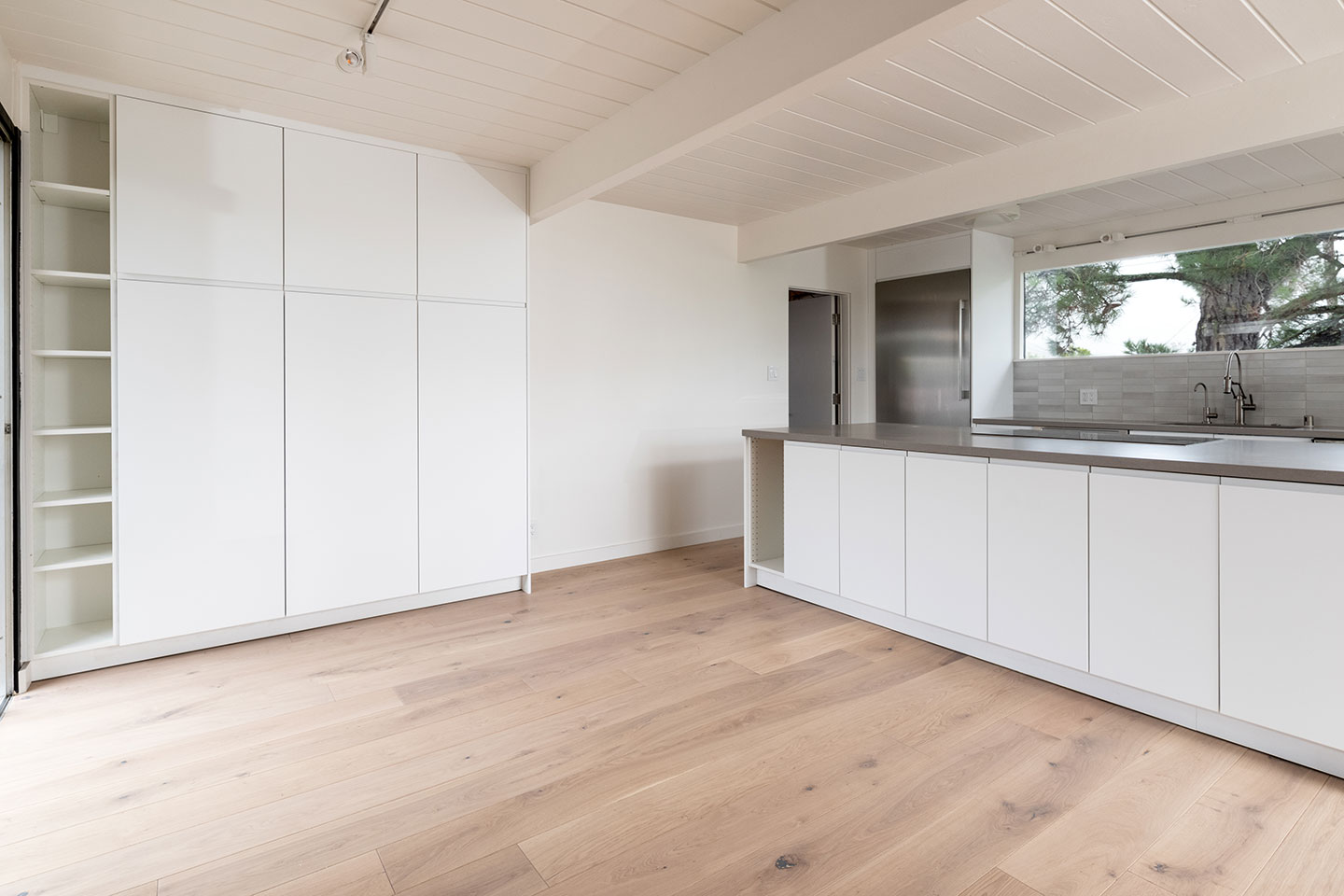 floor to ceiling kitchen cabinets with generous storage space
