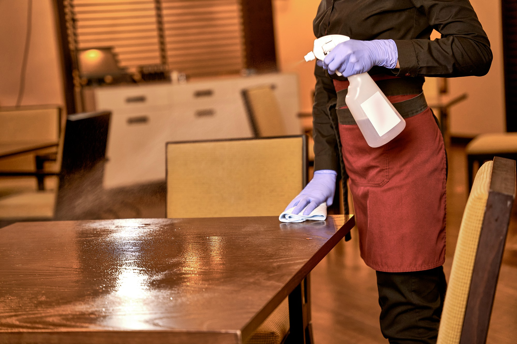 server cleaning table