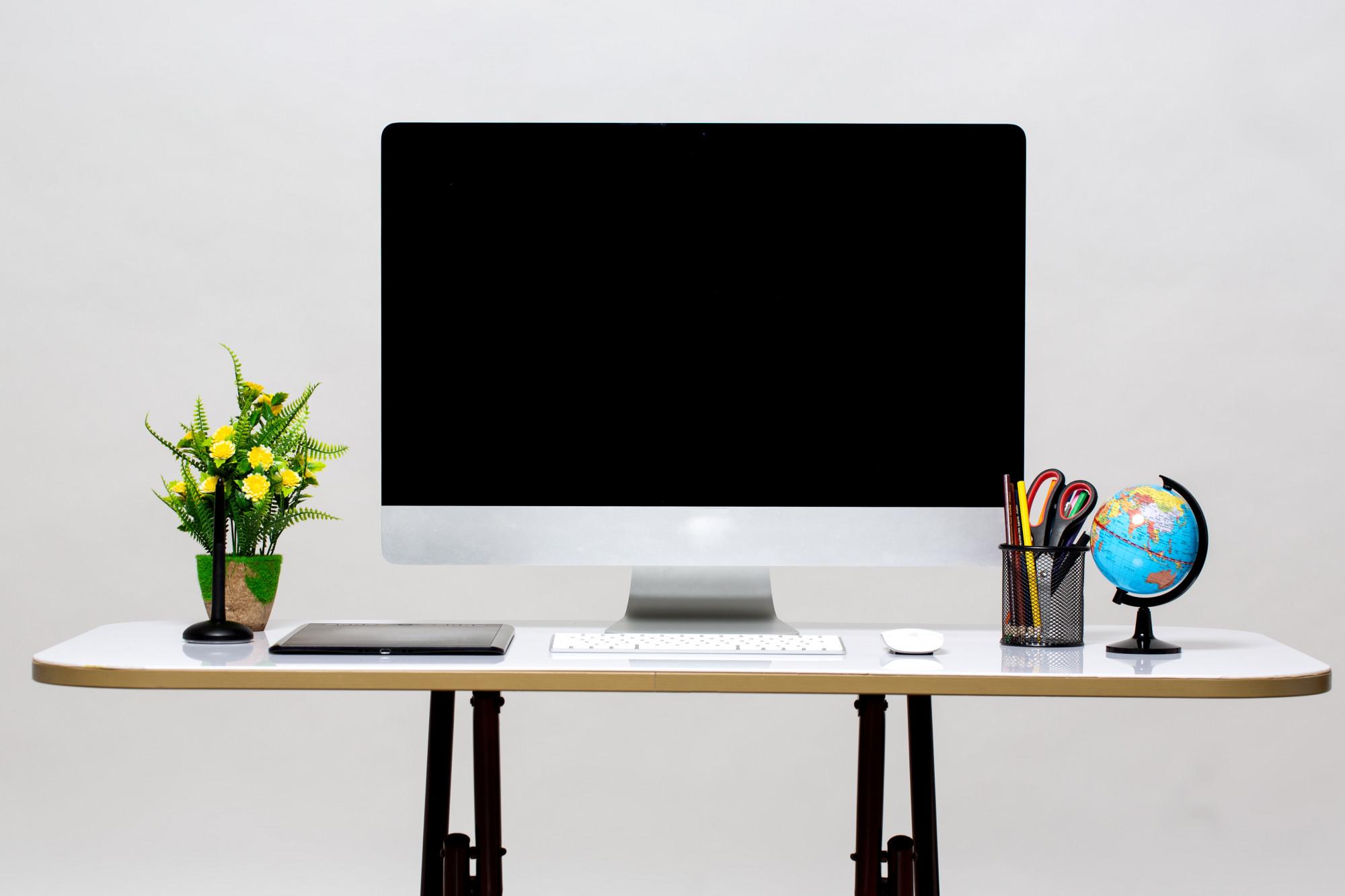 iMac in modern office
