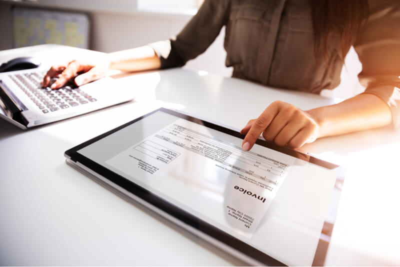 Real cost invoice factoring