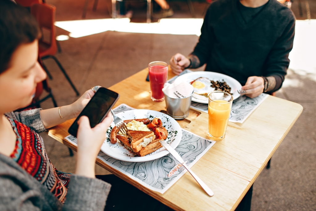 5 Ways to Use Technology With Eating Disorder Clients