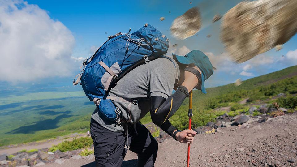 落石でほかの登山者へけがをさせてしまう
