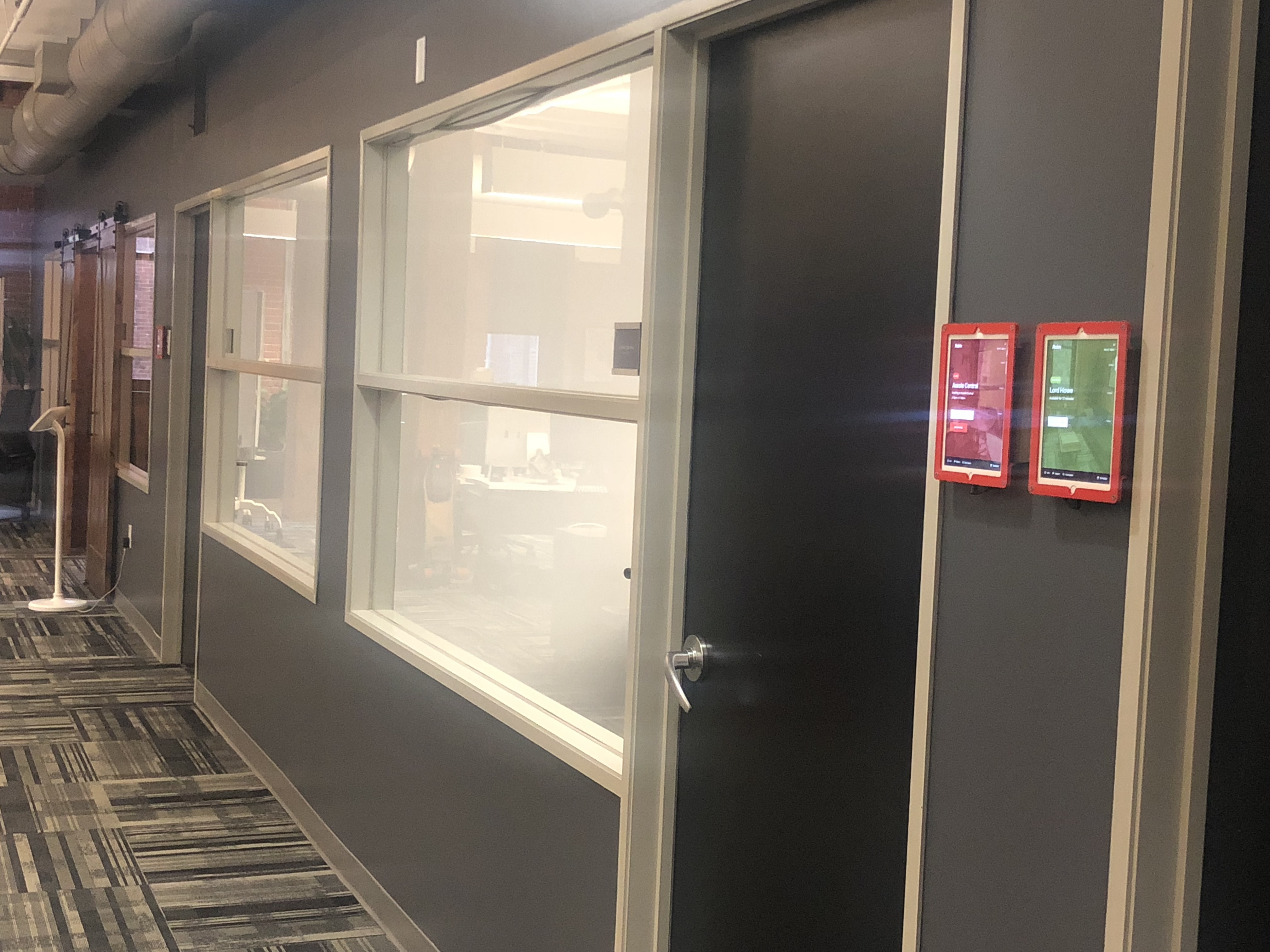 Robin Room Scheduling Software Room Displays