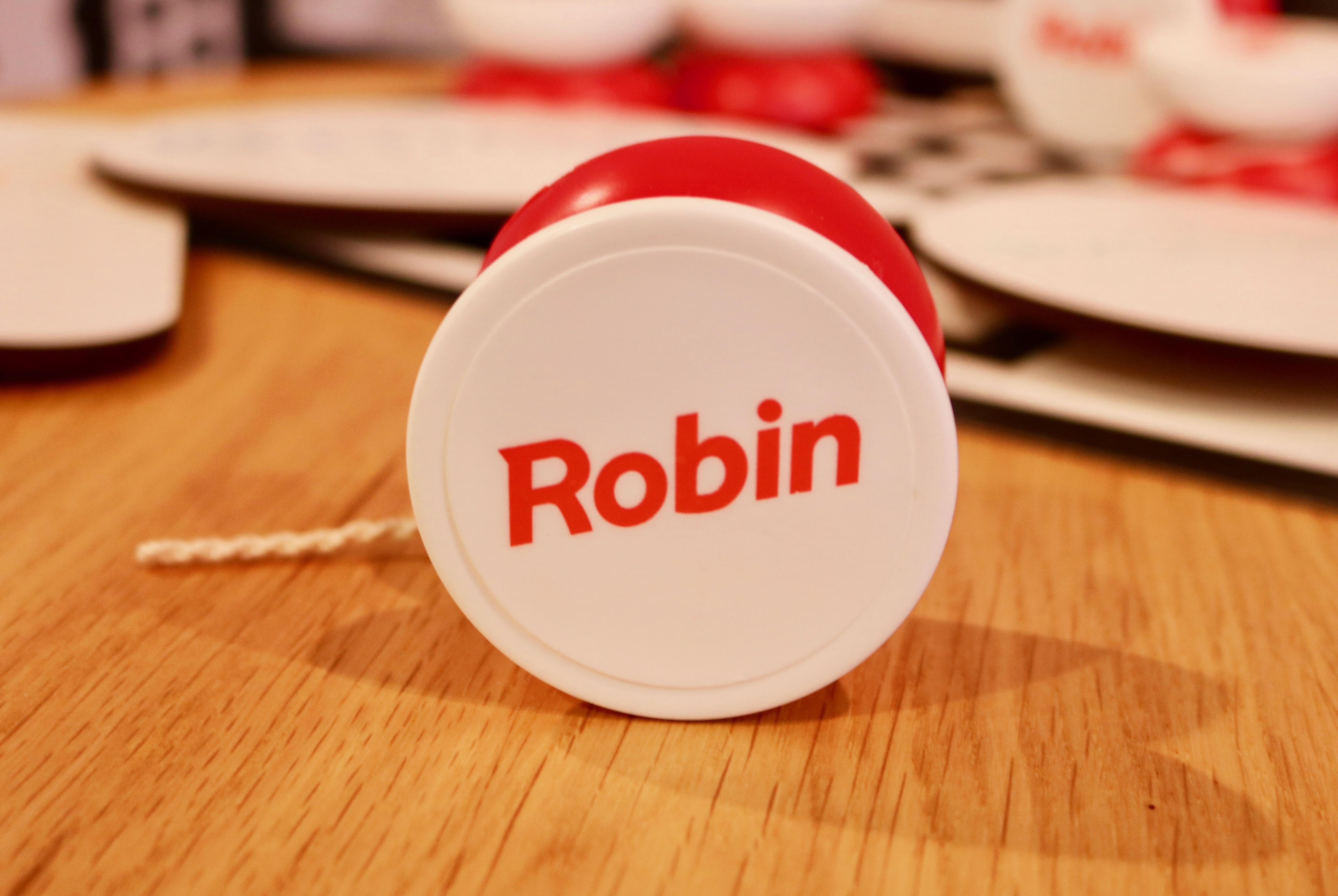 Infocomm Robin yo-yo