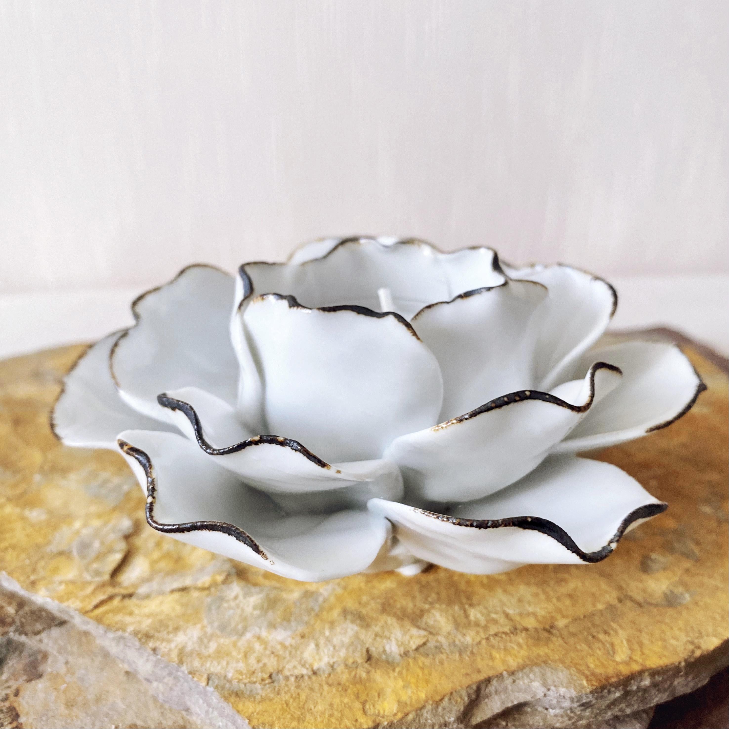 White Rose Tealight Holder