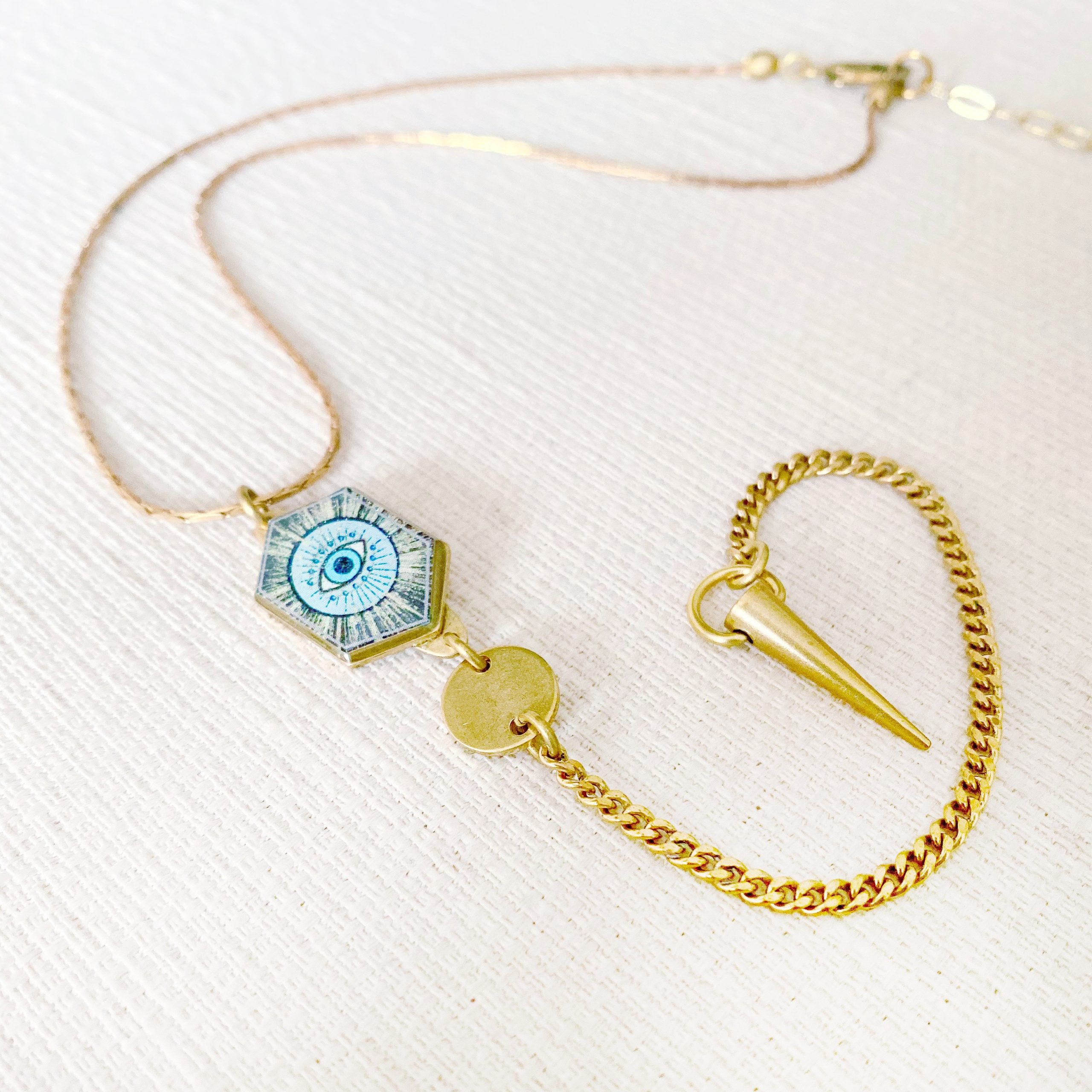 Deco Eye Necklace
