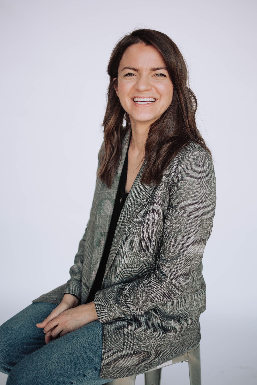 Julie Tatios