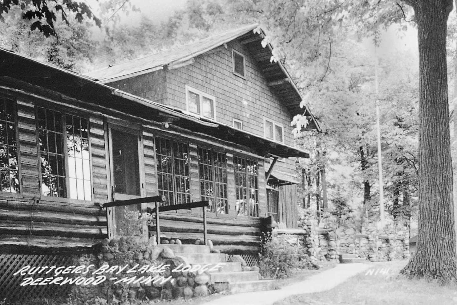 Ruttger's main lodge exterior