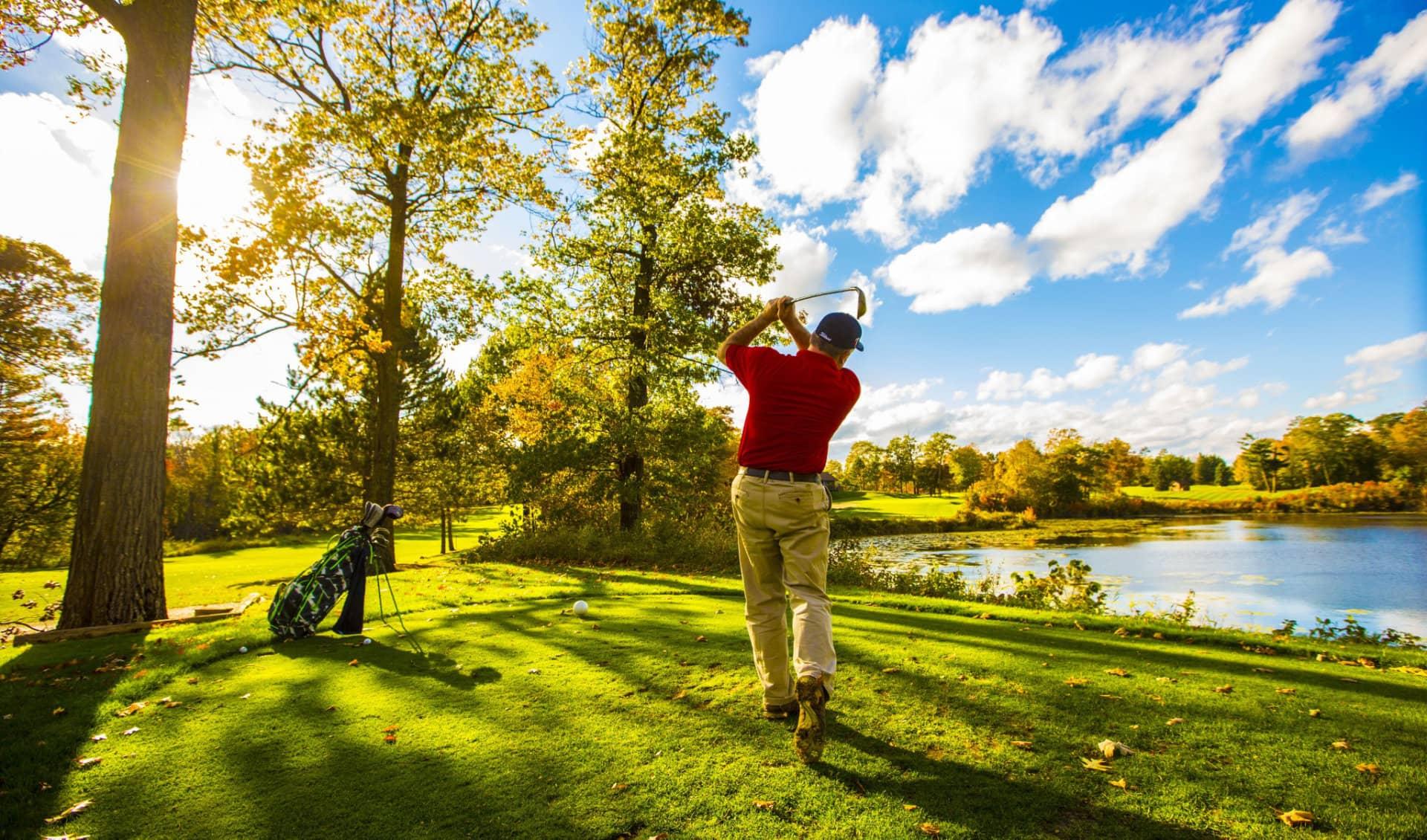 Golfing at Ruttger's Bay Lake