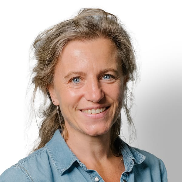 Profielfoto met witte achtergrond van Ten Anker teamlid Griet Van Cauwenberghe