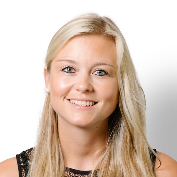 Profielfoto met witte achtergrond van Ten Anker teamlid Lisa Goemaere (logopediste)