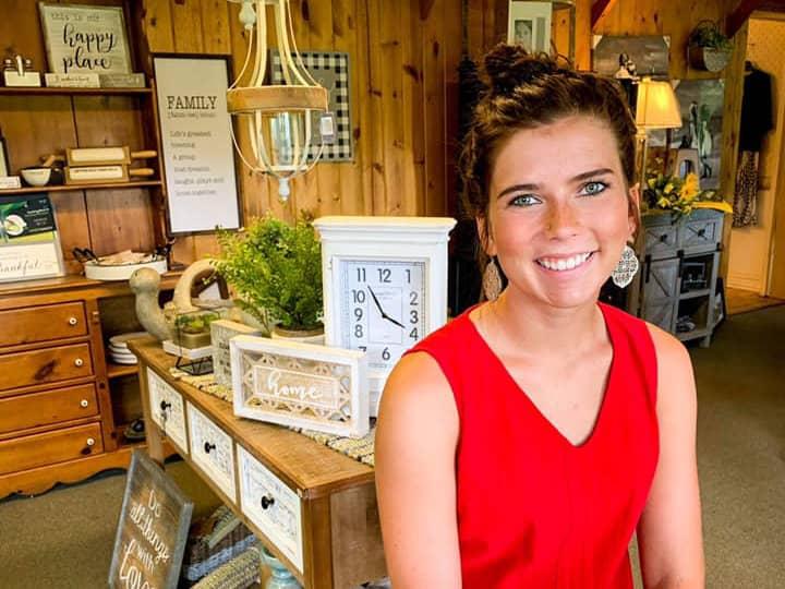 Ann's Bay Lake Boutique