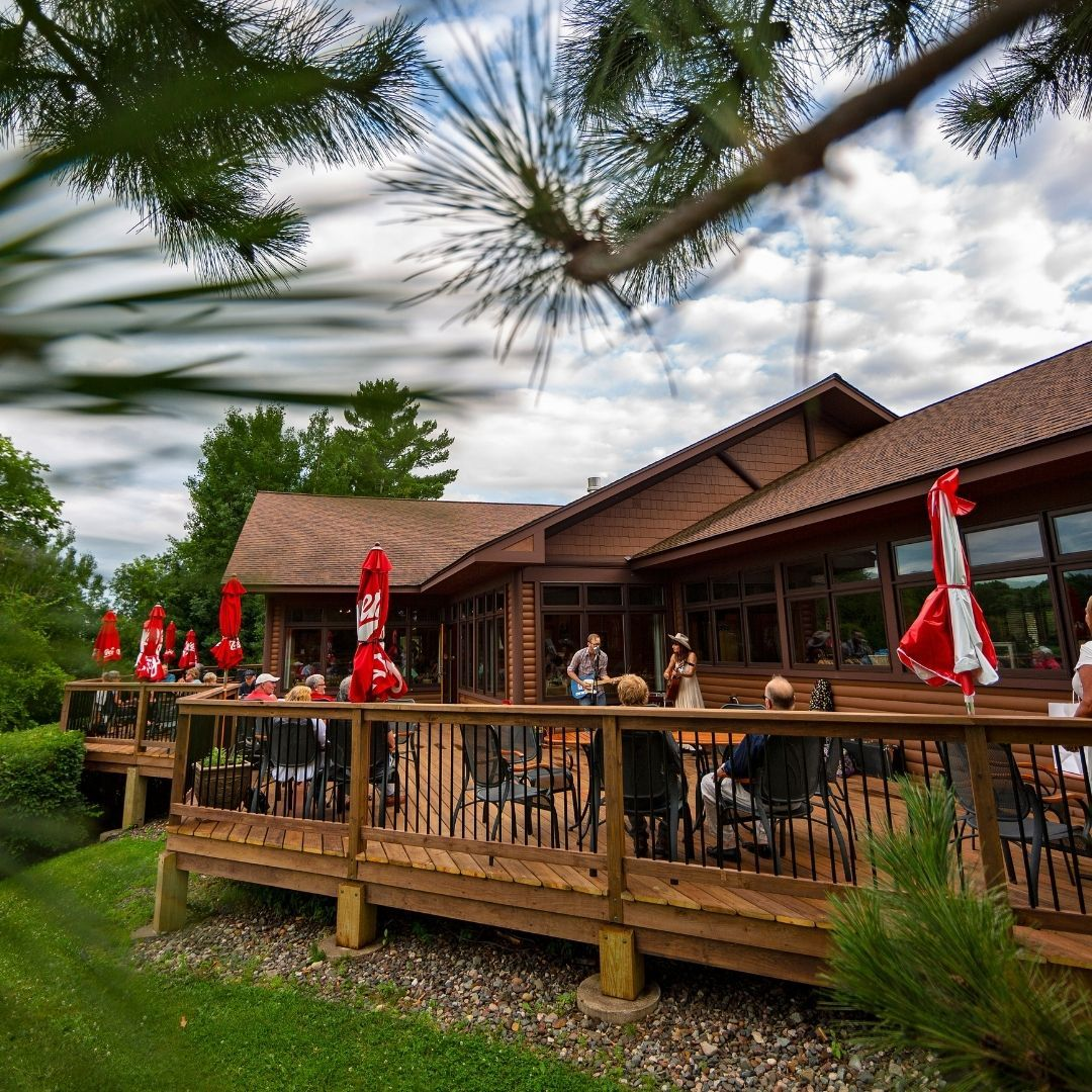 White Oak Grill is open to the public, 7 days a week! Stop by TODAY for Happy Hour on the patio, starting at 3pm!   Happy Hour: Monday-Friday from 3pm – 5pm with select $5 appetizers and $1 off tap beer, wine, and rail drinks. 🍺 🍷 🥃   #rblr #ruttgersbaylakeresort #deerwoodmn #cuyunalakes #whiteoakgrill #baylakemn