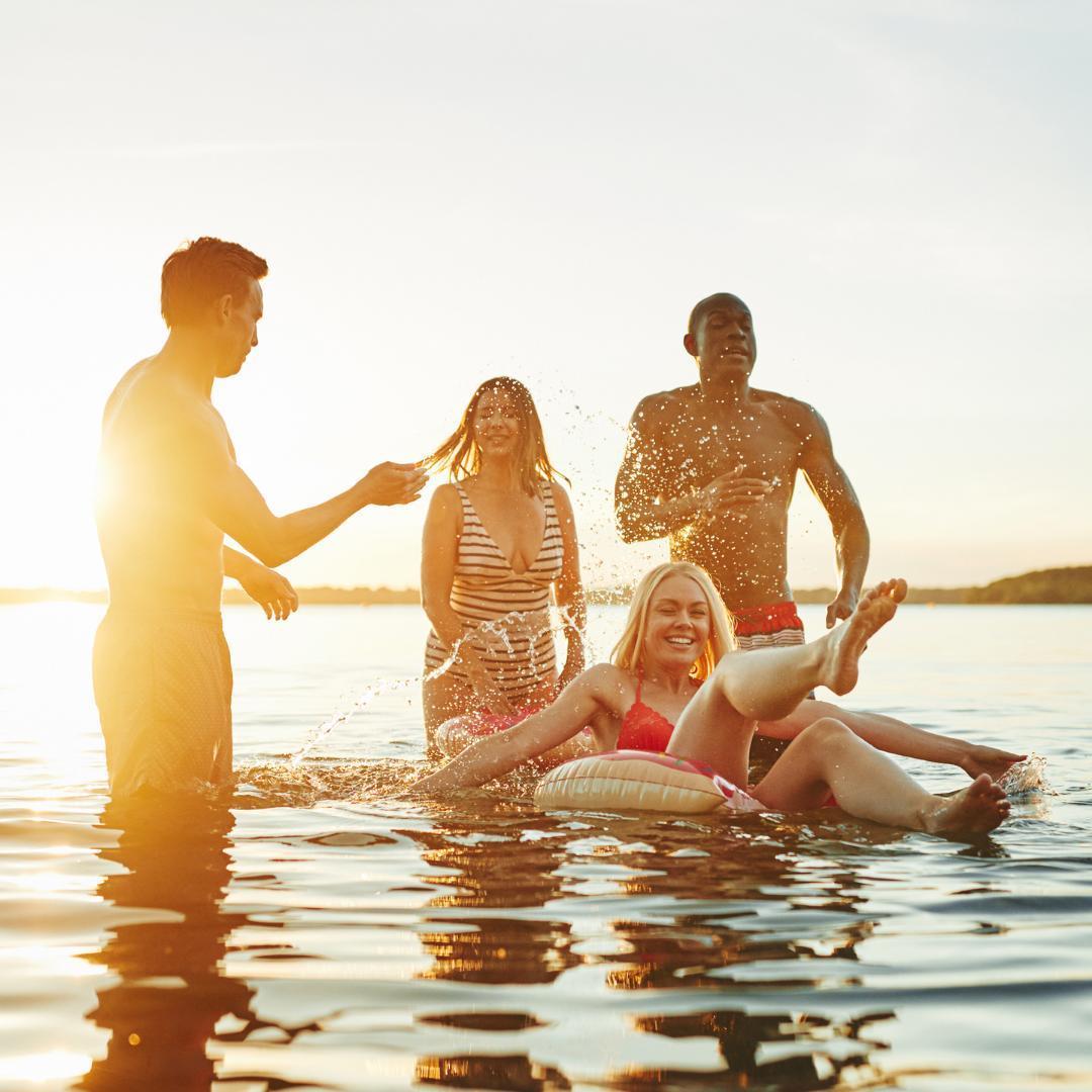 Today is National Best Friends Day! Celebrate by taking a swim in Bay Lake with your Besties today! 🏊 👯 😁   #rblr #ruttgersbaylakeresort #deerwoodmn #cuyunalakes #nationalbestfriendsday #baylakemn