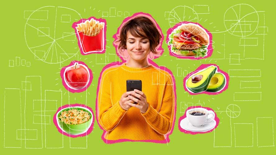 mulher mexendo no celular e pensando em comida