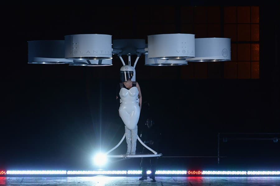 flying innovation in fashion