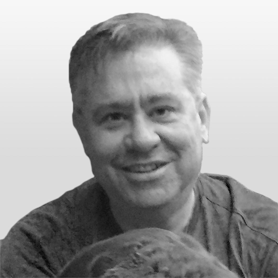 Headshot of Chris Dean