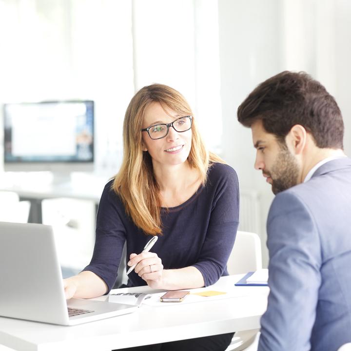 Świadczenia dla bezrobotnych: poradnik finansowy