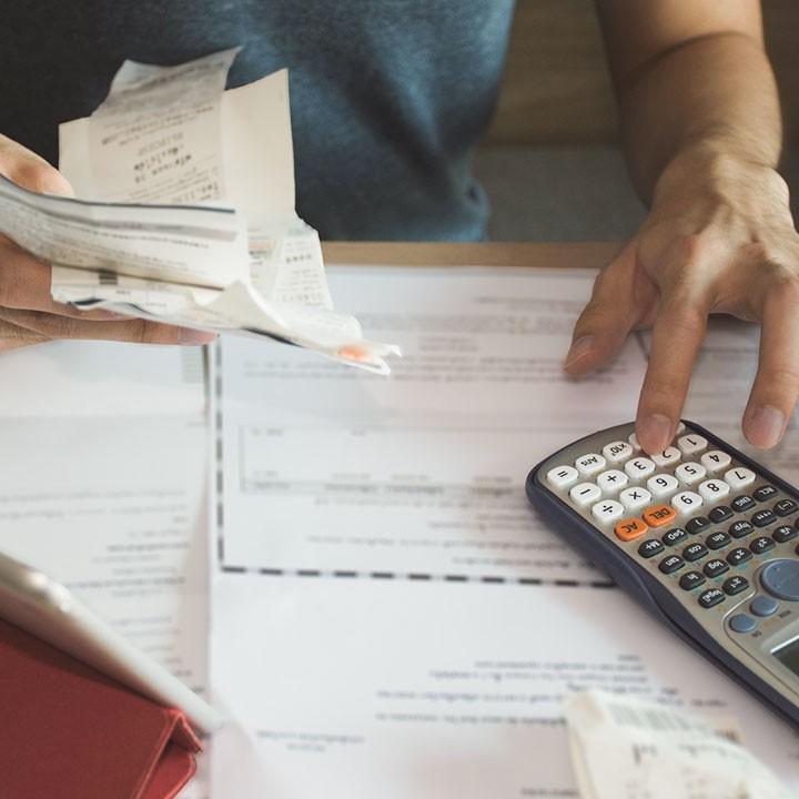 Dziedziczenie długów - jak odrzucić spadek z długami?