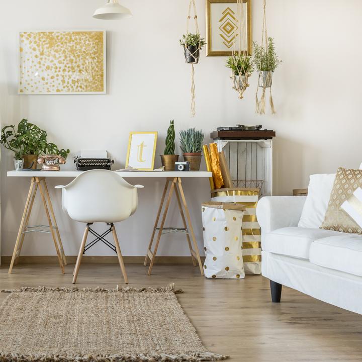 Domowe biuro – jak urządzić kącik do pracy w domu?