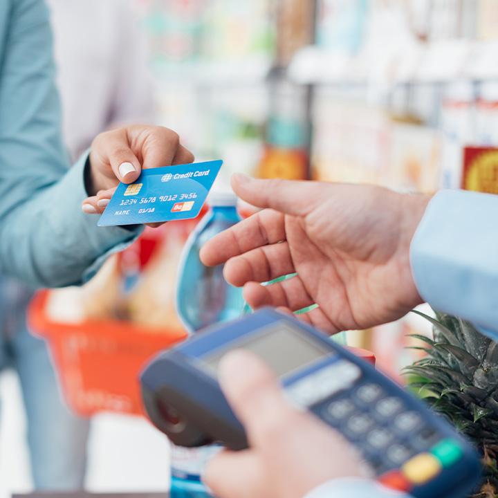 Płatności kartą – najnowsze przepisy. Co zmieniła dyrektywa PSD2?