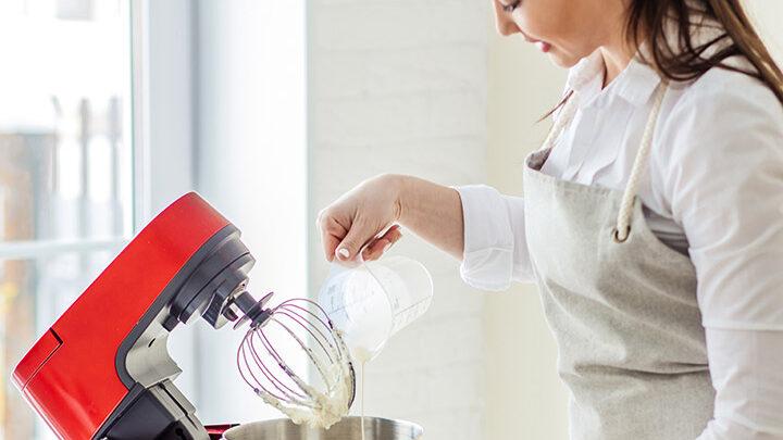 Jak wybrać robot kuchenny? Za jakie funkcje warto dopłacić?