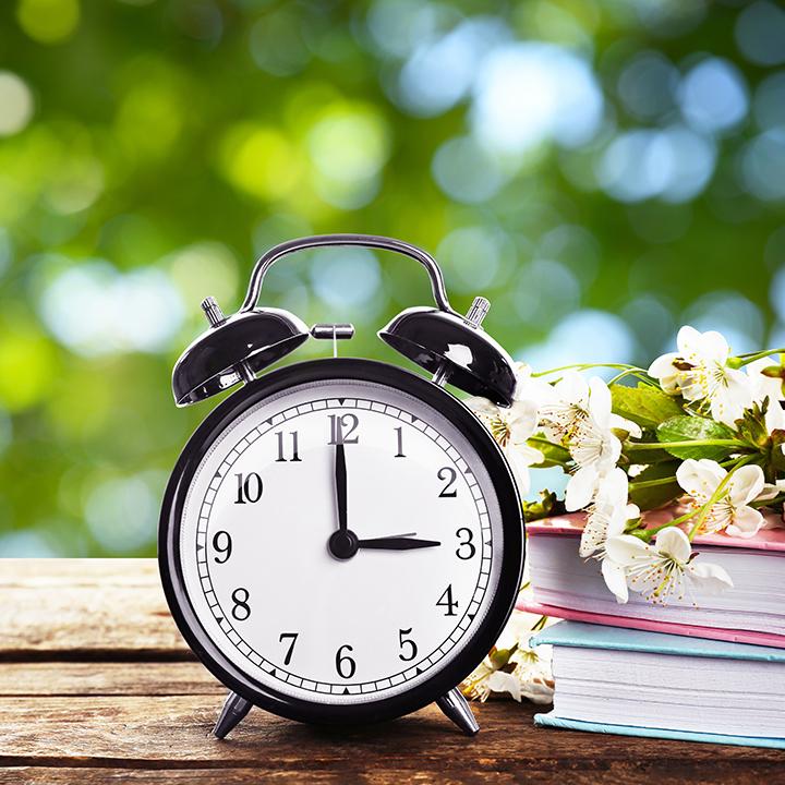 Zmiana czasu 2019 – kiedy przestawiamy zegarki i jak to zapamiętać?
