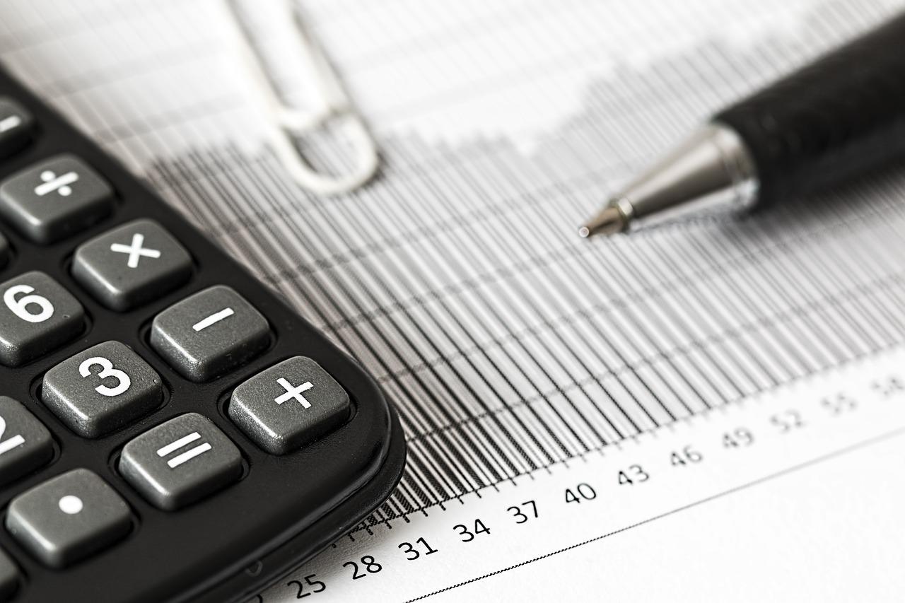 Opłata rejestracyjna - jeden z kosztów pożyczki