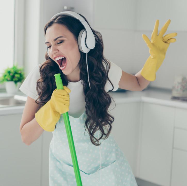 Sprzątanie w domu – jak efektywnie sprzątać i utrzymać porządek