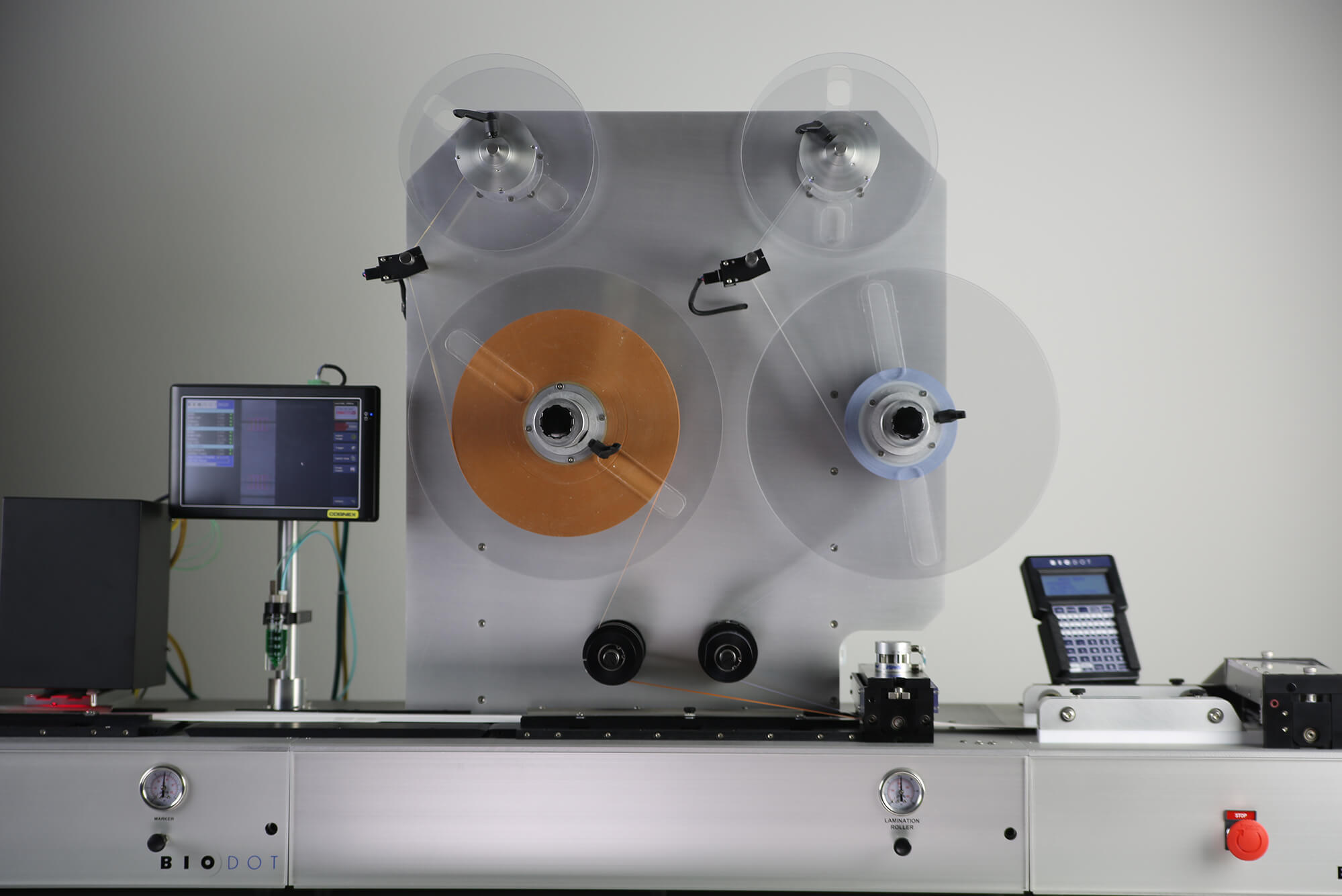 Cover tape station on LM9000 lateral flow lamination
