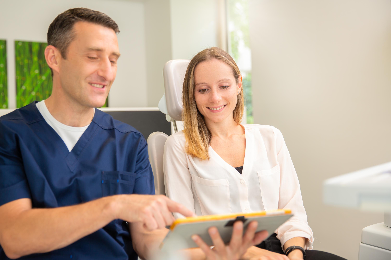 Implantologie Carree Dental Behandlung