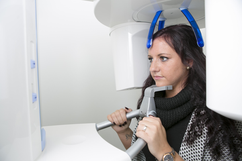 Carree Dental Feste Zähne in 24h 3D Röntgen