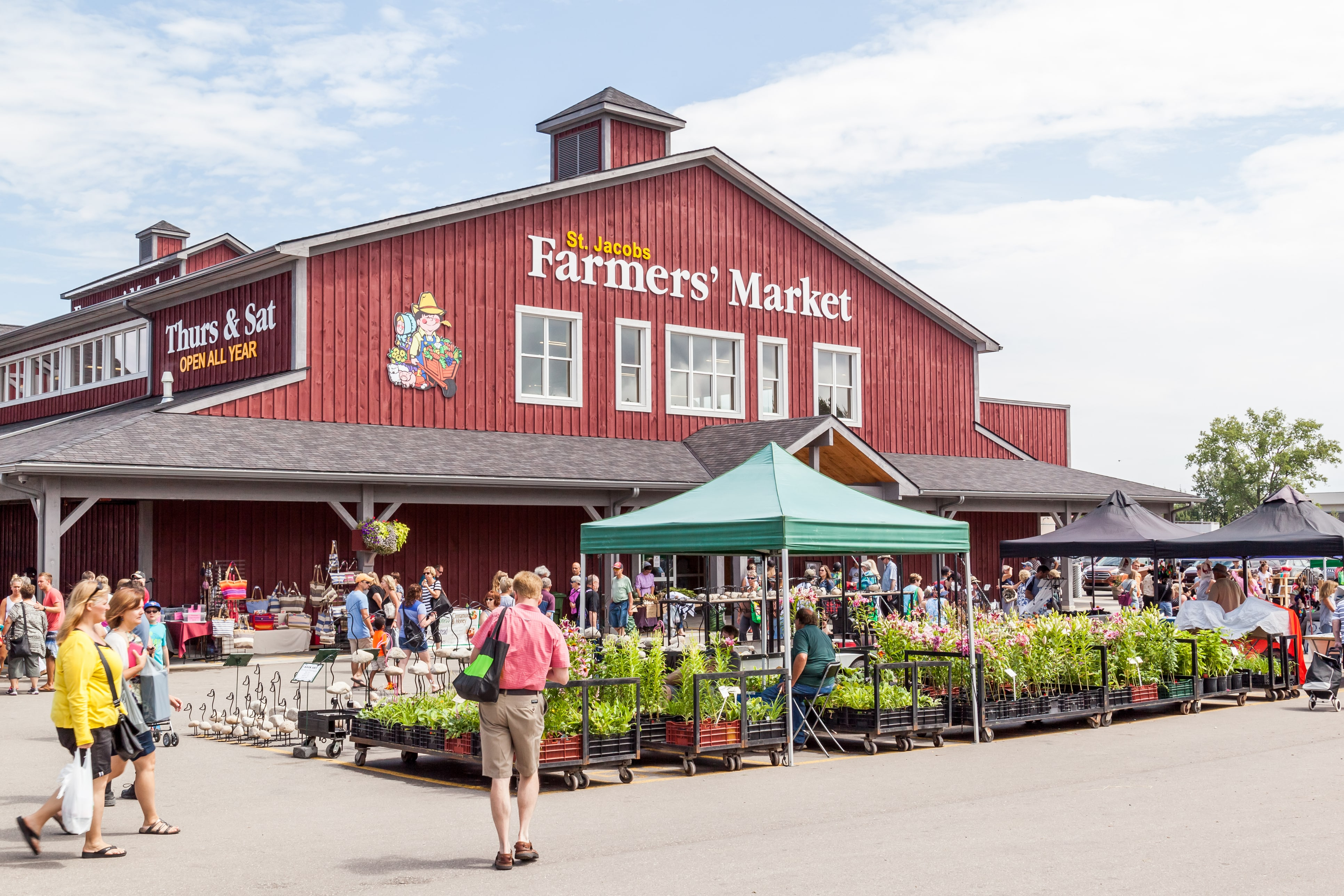 Exterior of St. Jacobs Farmers' Market