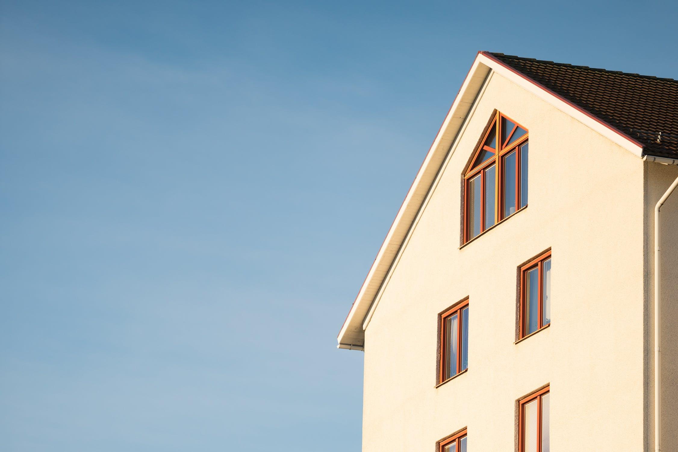 Vente immobilière : qui doit payer les frais d'agence ?
