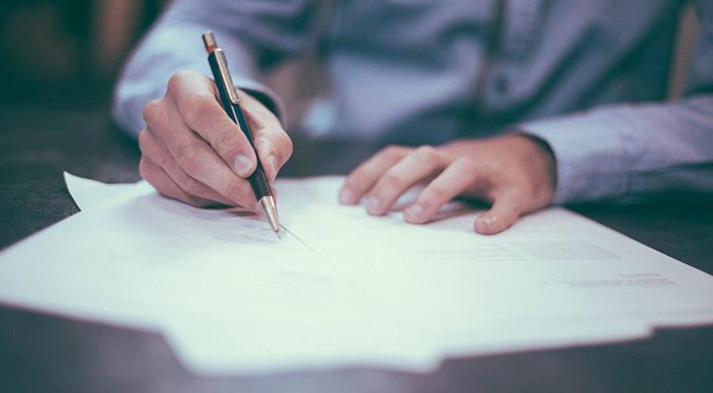 Promesse de vente : doit-elle être signée devant un notaire ?