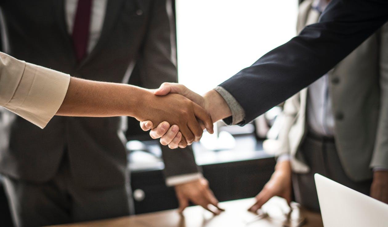 Promesse de vente entre particuliers : ce qu'il faut savoir avant de signer