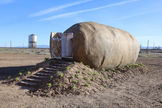Et si on passait un séjour dans une pomme de terre géante ?