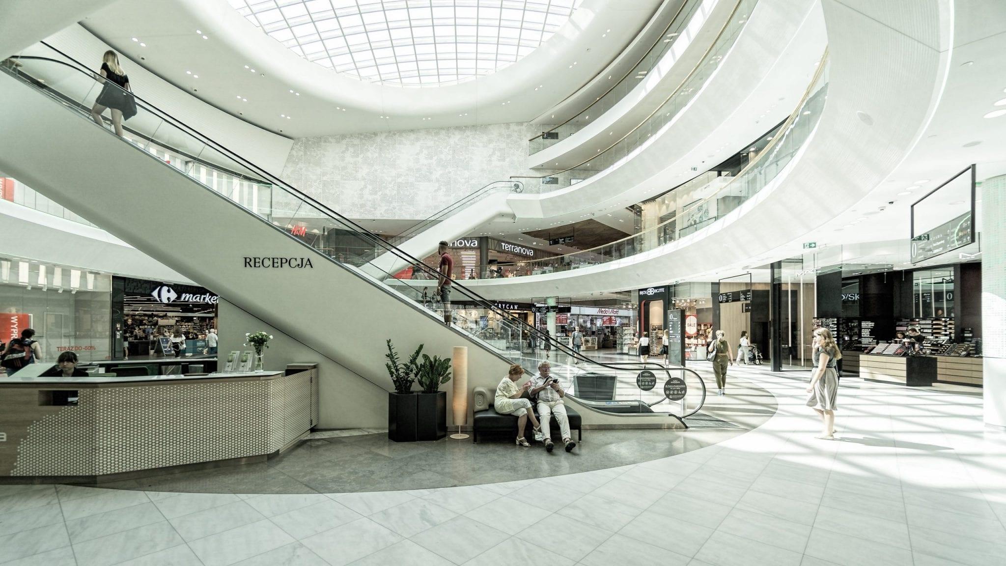 Déconfinement: la réouverture de centres commerciaux