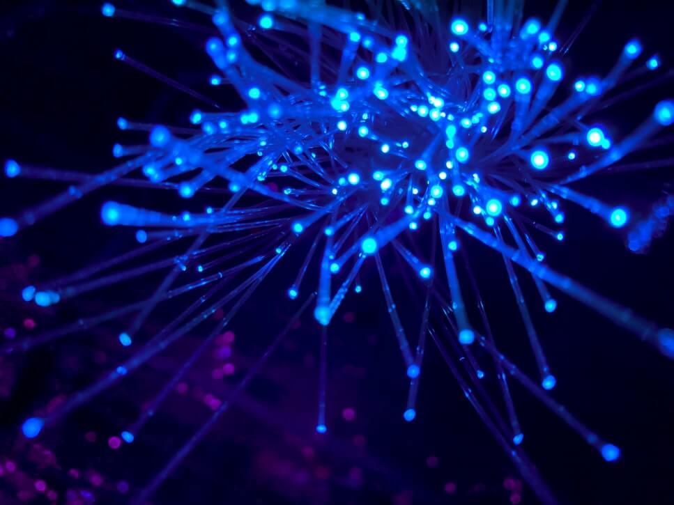 Installer la fibre optique sans entrer en conflit avec le syndic