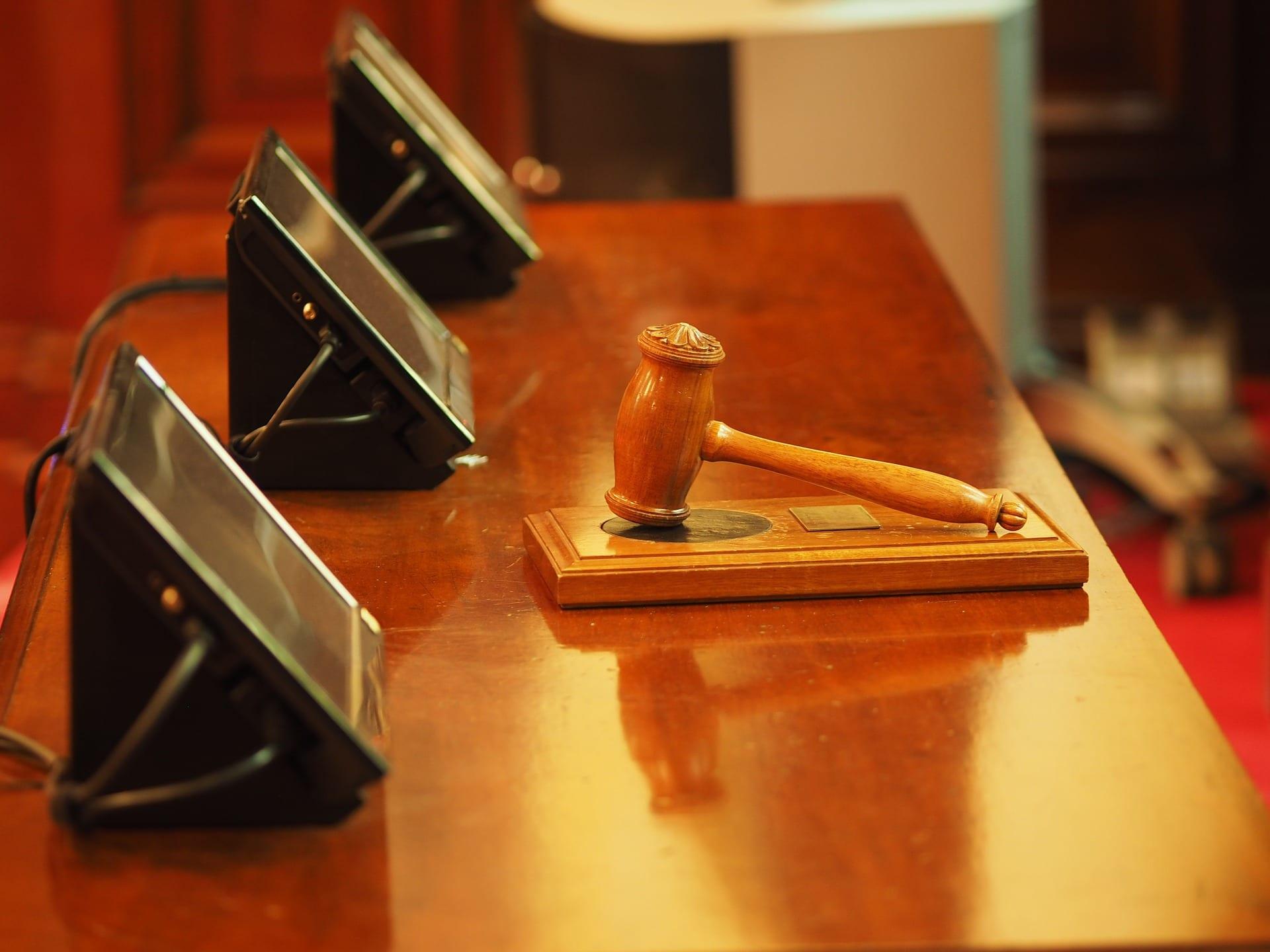 Acheter un bien immobilier lors d'une enchère judiciaire
