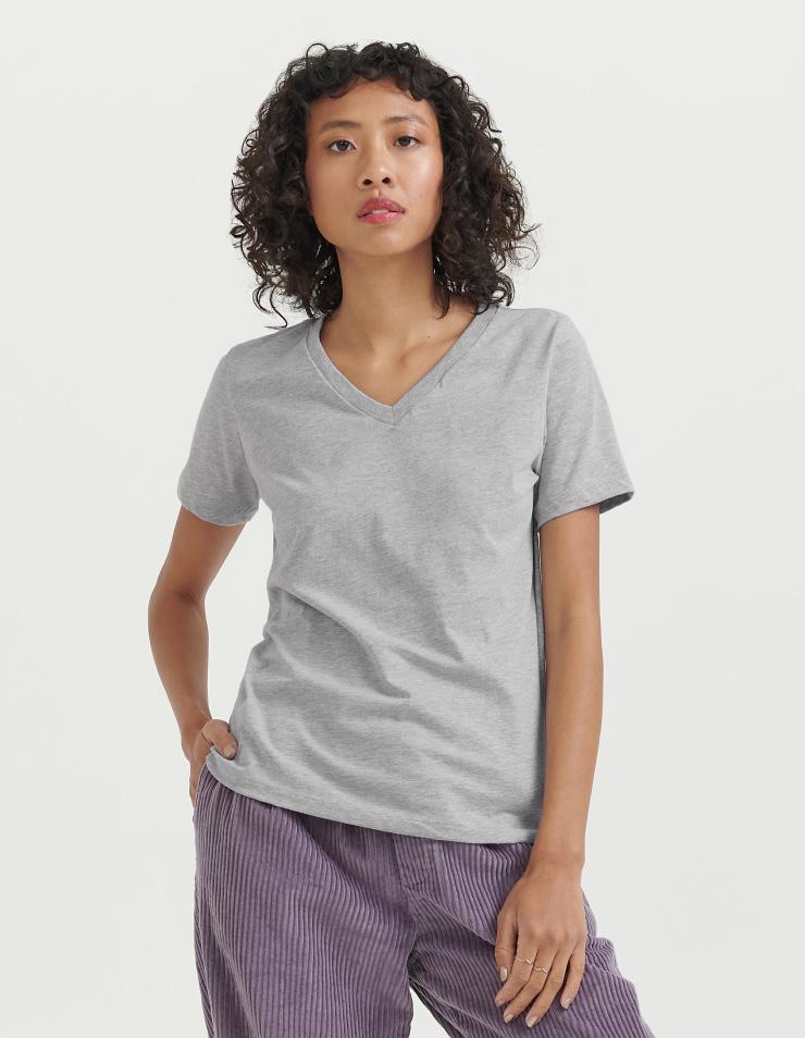 6405 Women's Relaxed Jersey Short Sleeve V-Neck Tee