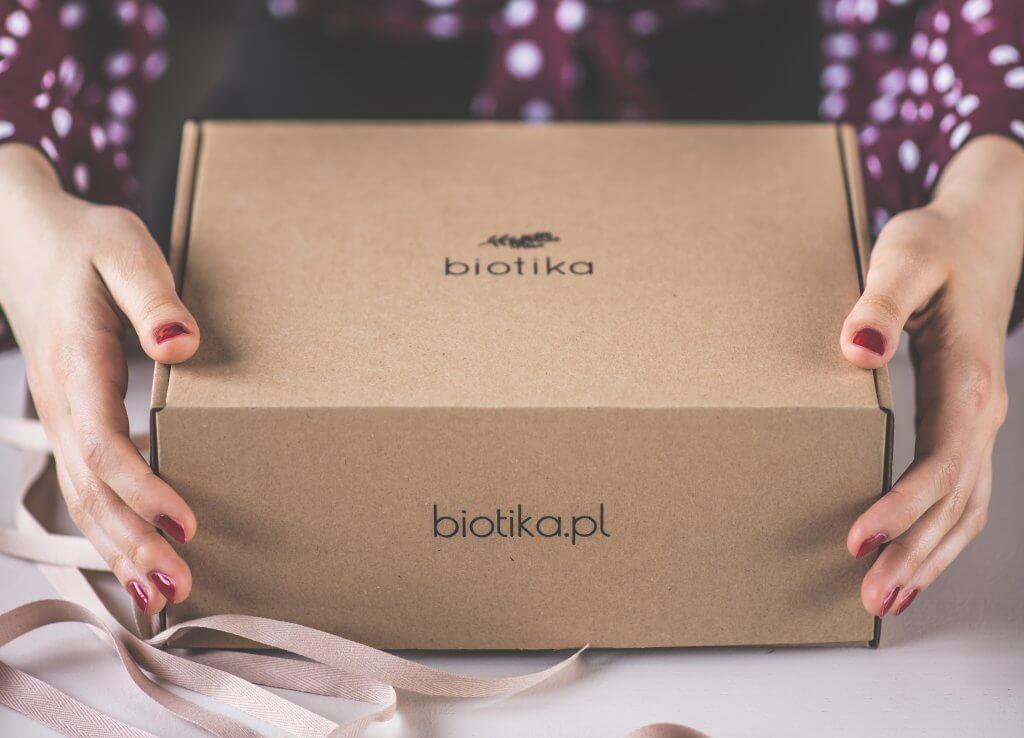 cardboard sustainable packaging