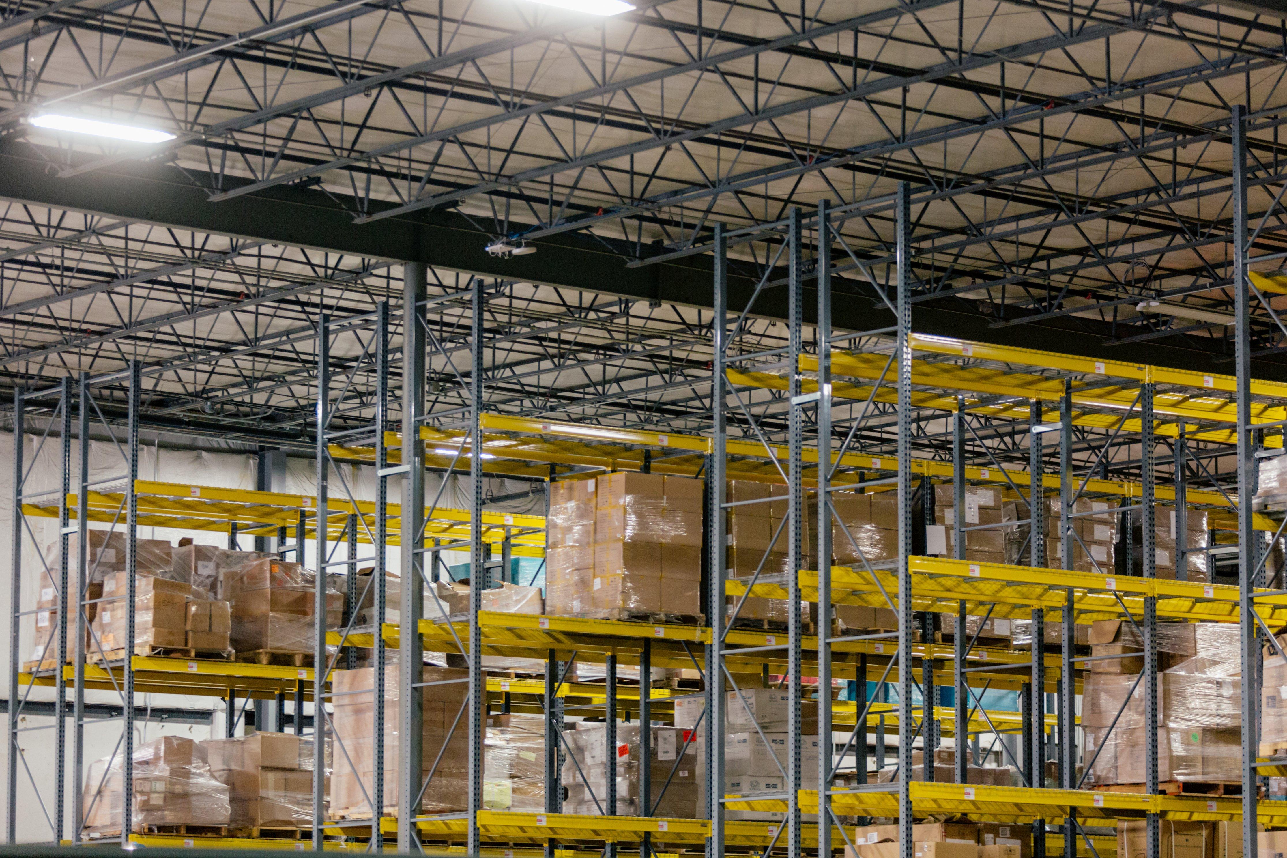 warehouse shelving pallets