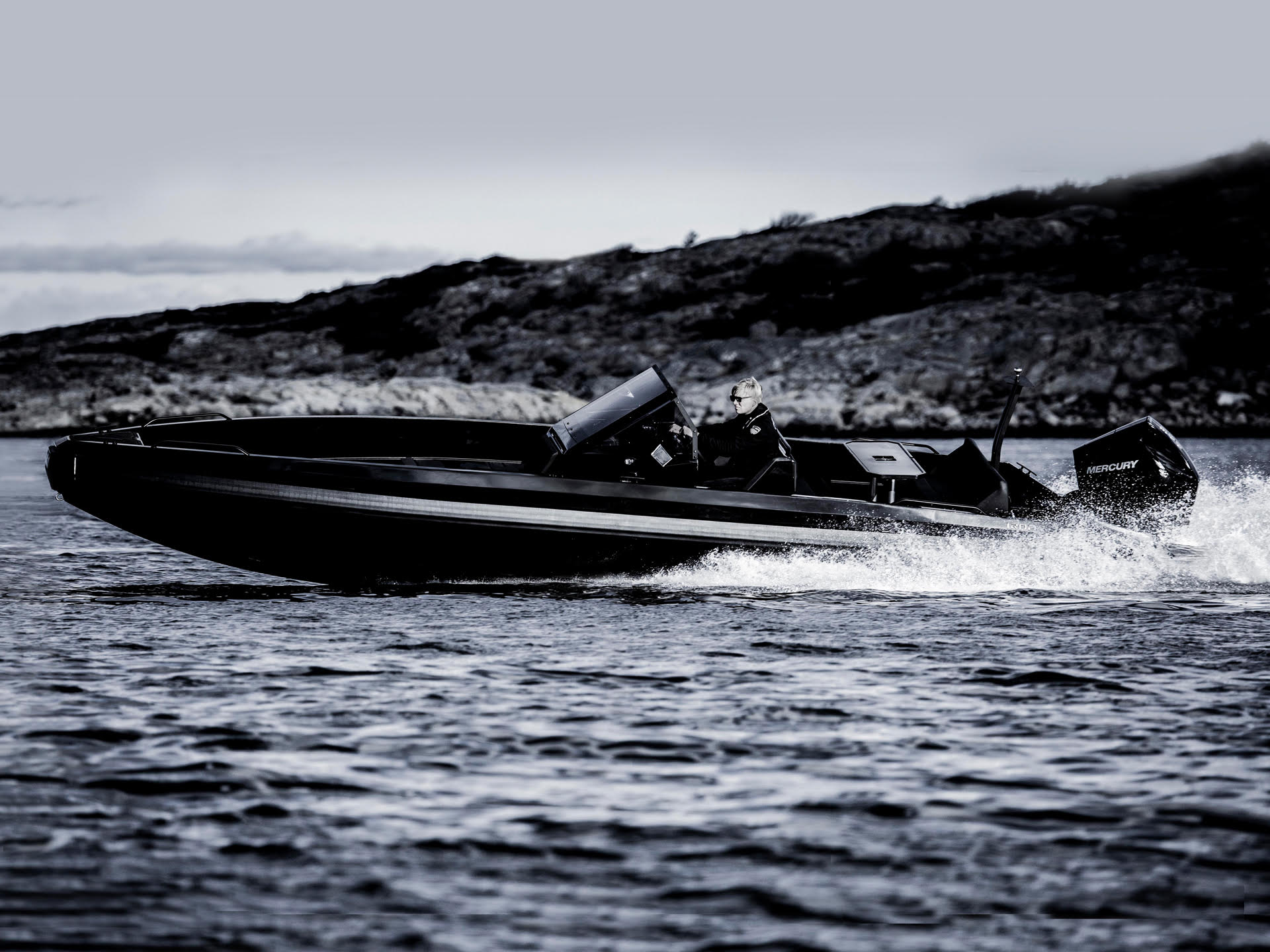 Iron Boats 827