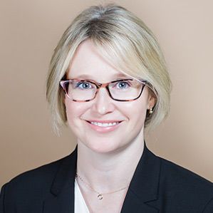 Dr. Alexa Clapp