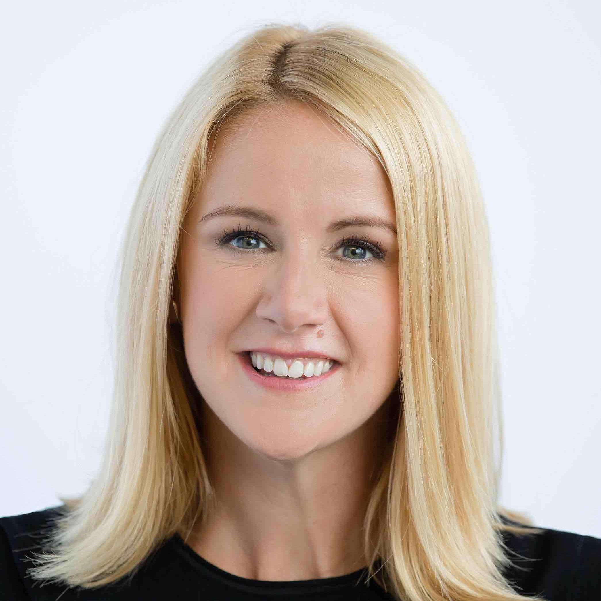 Dr. Amanda Nicole Kallen